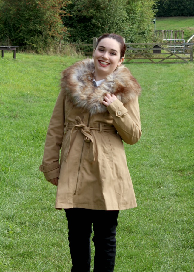 £25 Primark coat that oozes confidence. Nourish ME: www.nourishmeblog.co.uk