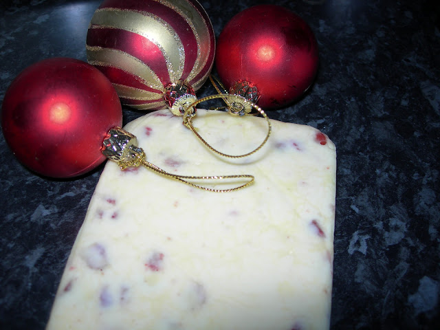 Turrón de chocolate blanco y frutos rojos