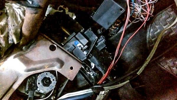 Bmw E36 板橋邱先生 全鋁加厚散熱片 & 換新冷氣壓縮機 | 洺耀汽車 BMW愛駒
