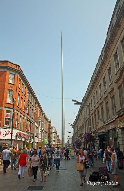 The Spire vista desde Henry Street, Dublin