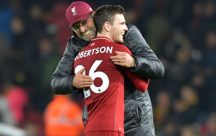 Klopp-hugs-Robbo-at-end-of-match