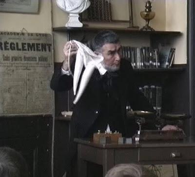 Le bonnet d'âne (image du film, acteur Pierre Rhéty)