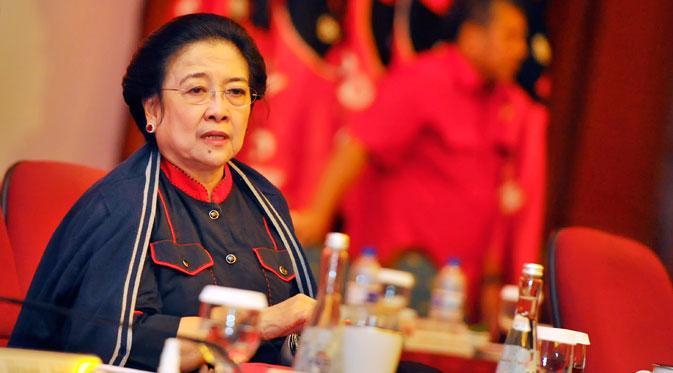 Pidato Megawati Soekarnoputri Menunjukkan Pancasila Bukan Harga Mati!