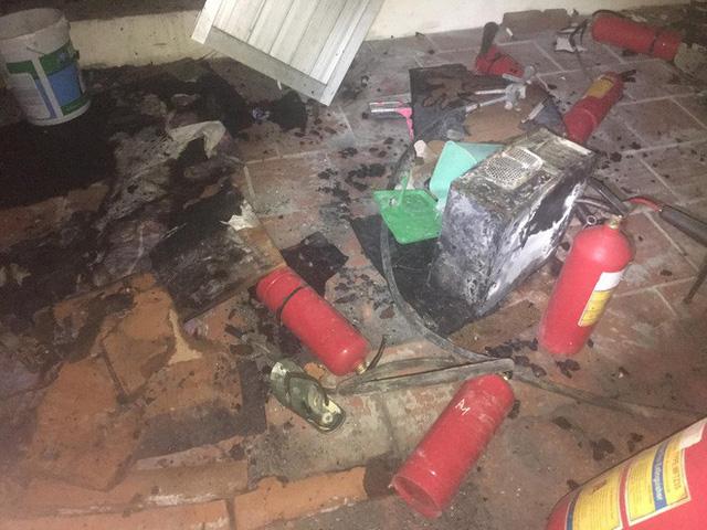 Đám cháy xảy ra tại tầng 18 toà chung cư A1 Mỹ Đình