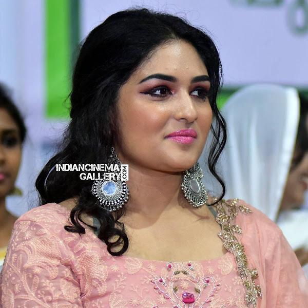 Prayaga Martin latest photos from Malayala Puraskaaram Awards 2017