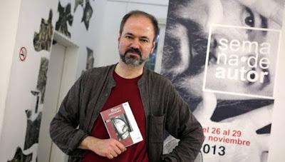 Espejo retrovisor, Juan Villoro