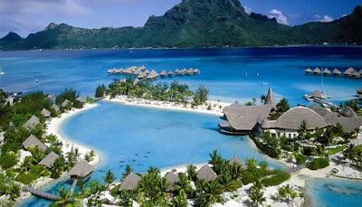 Wisata Halal Pulau Lombok