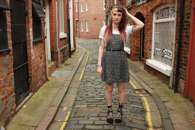 Primark dungaree dress Lamoda sandals