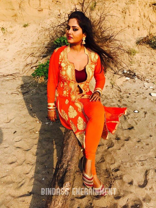 Anjana Singh3