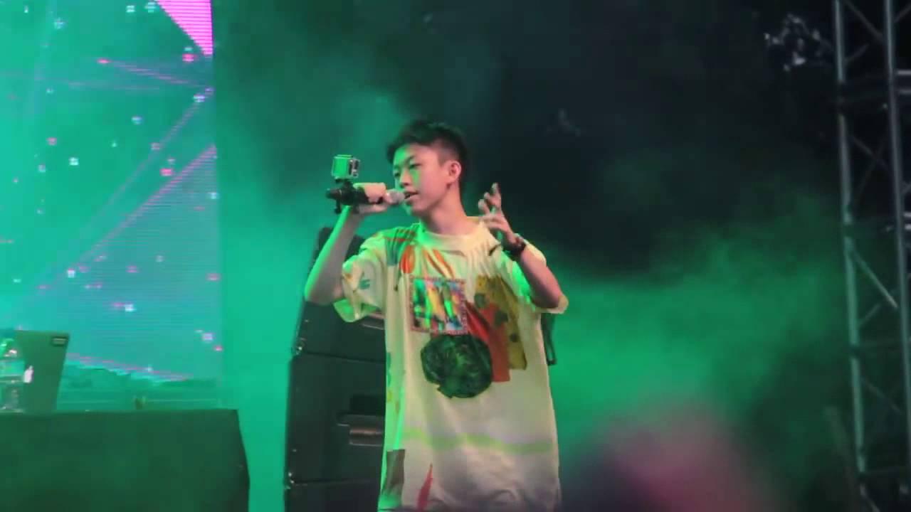 Daftar 10 Rapper Indonesia Terbaik dan Terpopuler yang