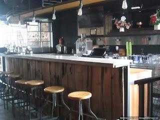 Sudut Bar di Rustico Semarang