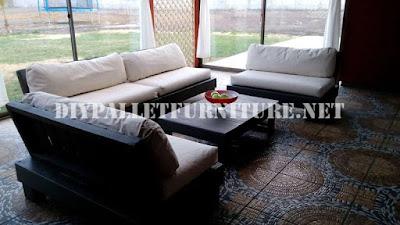Set de muebles con palets para la terraza for Muebles terraza palets madera