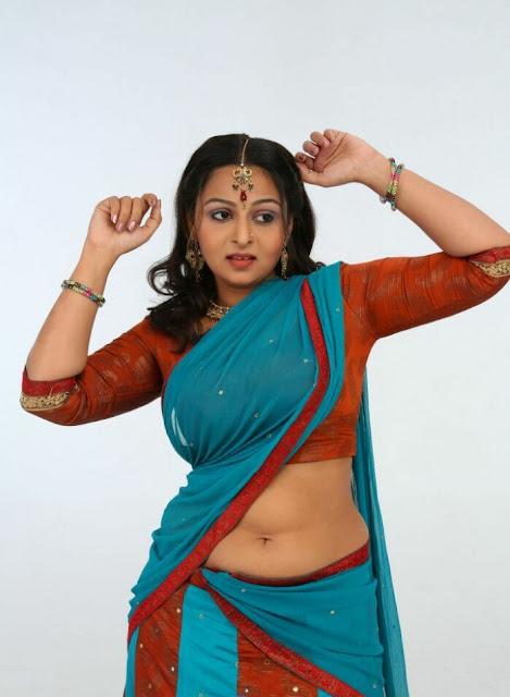 Divya Prabha navel show