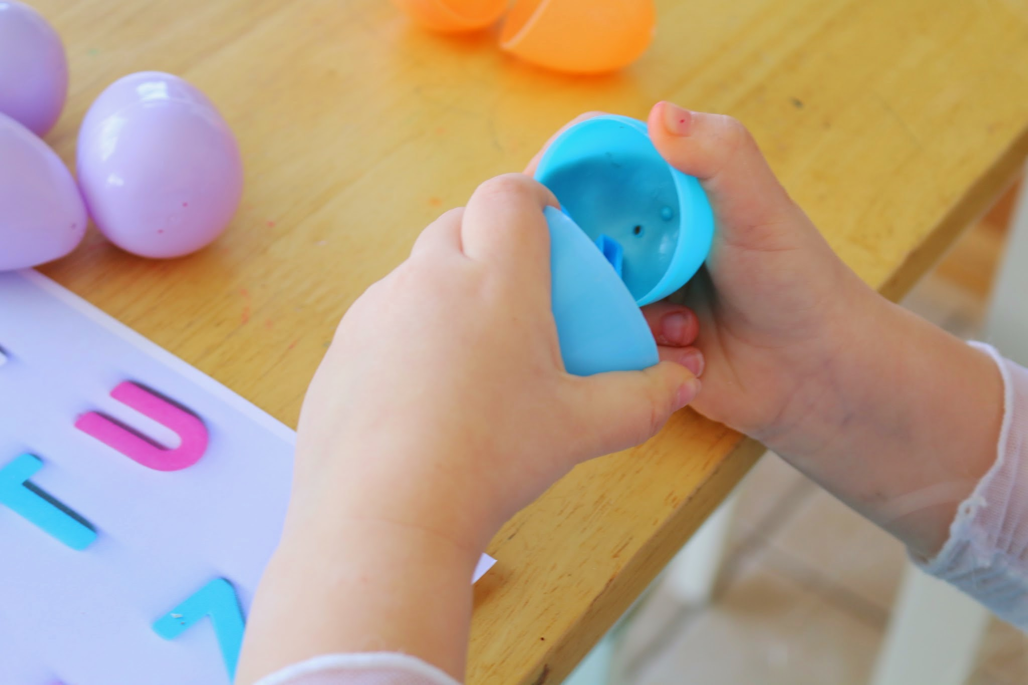 letter matching easter egg activity