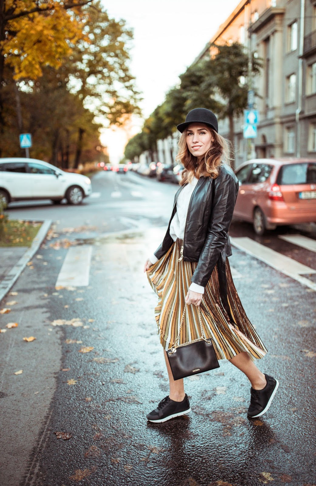 pleated midi skirt fall street style sneakers sweater