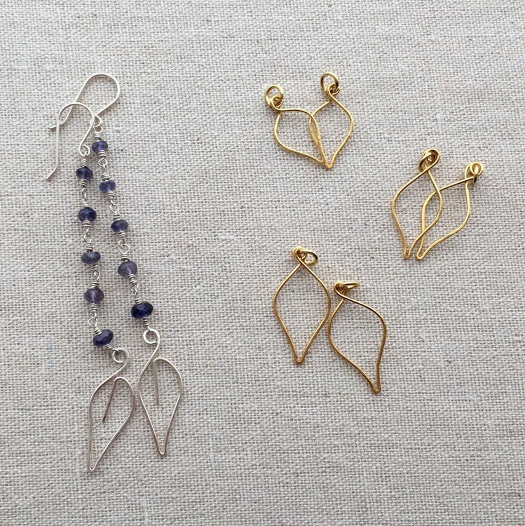 Lisa Yang\'s Jewelry Blog: Learn to Make a Fancy Scalloped Wire Edge ...