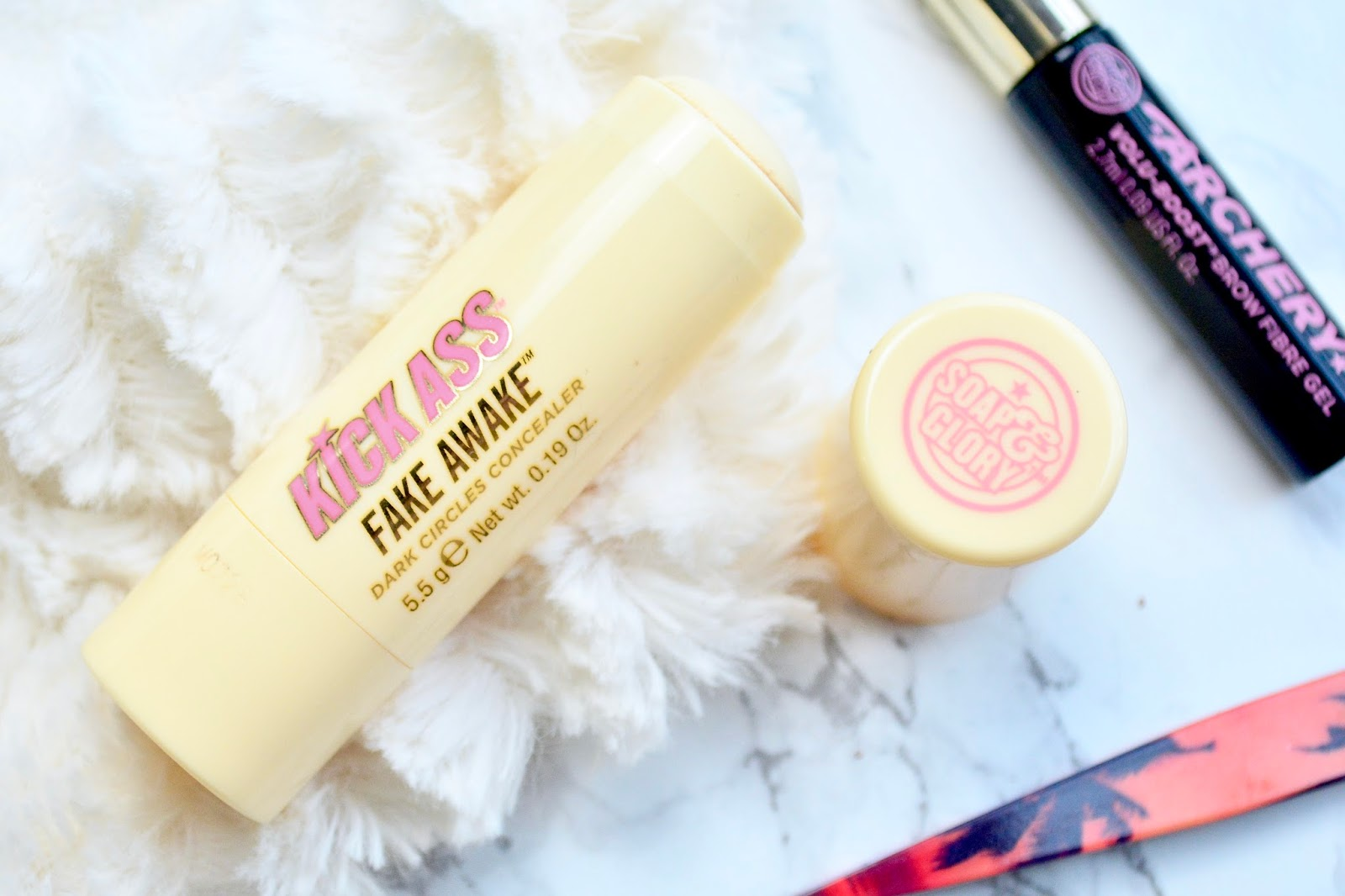 Soap & Glory Kick Ass Fake Awake