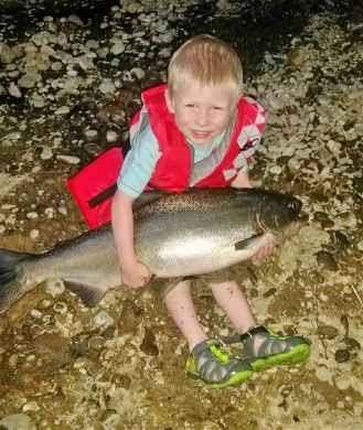 Rogue-river-spring-salmon