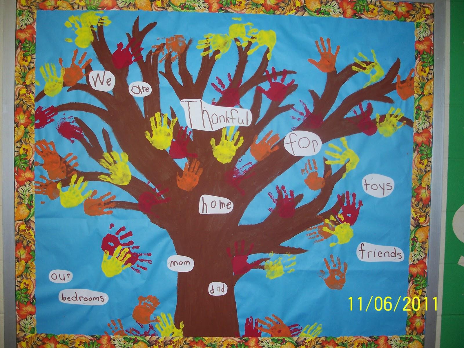 Mrs egley   kindergarten also little bit of fall in the classroom rh kindergartenafunplacetobespot