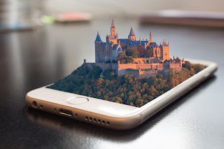 Image: Virtual Tours on your Phone, by David/FunkyFocus on Pixabay