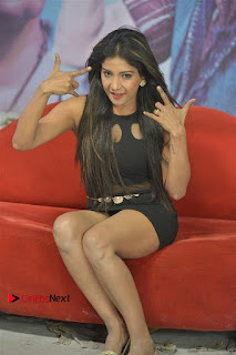 Jeevan Dimple chopade Aswini Sakshi Agarwal Starring Jeikkira Kuthirai Tamil Movie Spicy Stills  0016.jpg