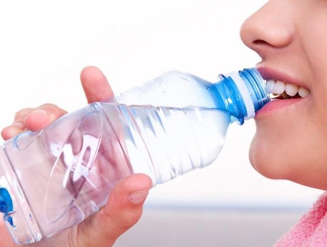 Tips Disiplinkan Diri Minum Air Mencukupi Setiap Hari