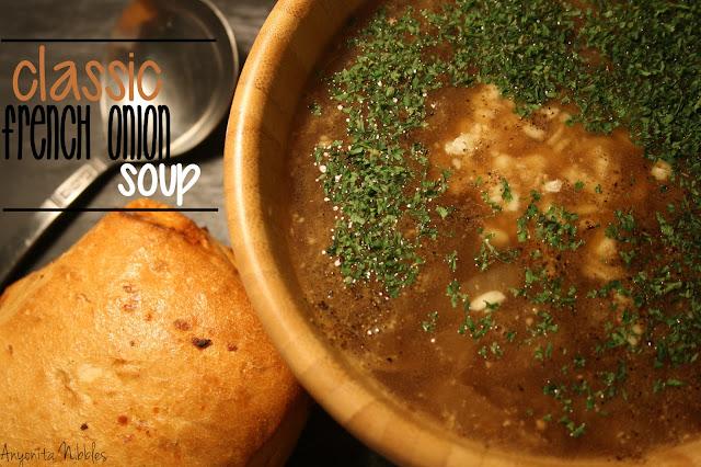 Anyonita Nibbles: Classic French Onion Soup