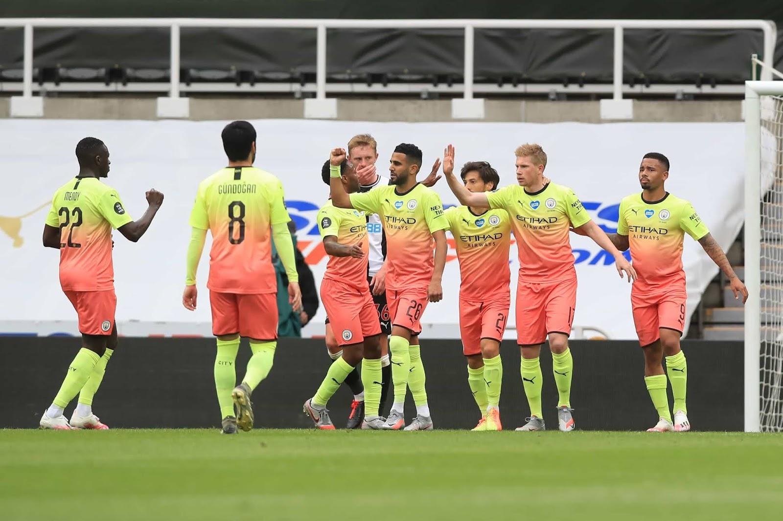 Manchester City avanzó a la semifinal de la FA Cup