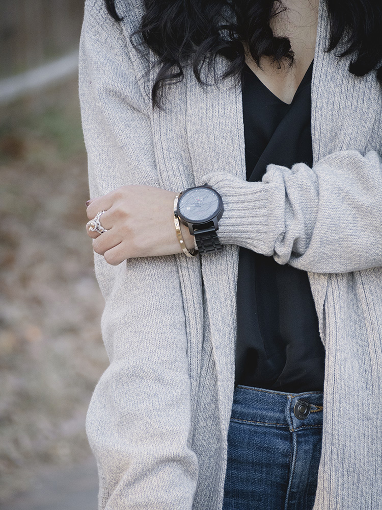 how to style a wood watch