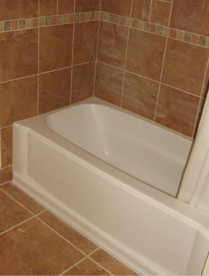 bathroom tile ideas around bathtub - SADAR TEGAL