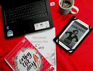 O livro #GIRLBOSS, autobiografia da Sophia Amoruso, CEO da NastyGal, tem sido um dos livros mundiais mais lidos por mulheres que buscam inspiração de casos de sucesso feminino no mundo do empreendedorismo.