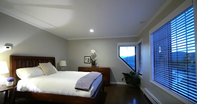 17 Photos vs. 5467 Monte Bre Crescent, West Vancouver vs. Home Interior Design Tour