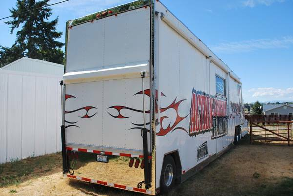 Used RVs Toterhome Big Rig 58FT For Sale by Owner