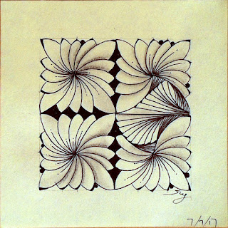 New zentangle pattern 4-Corner Corolla with Paradox