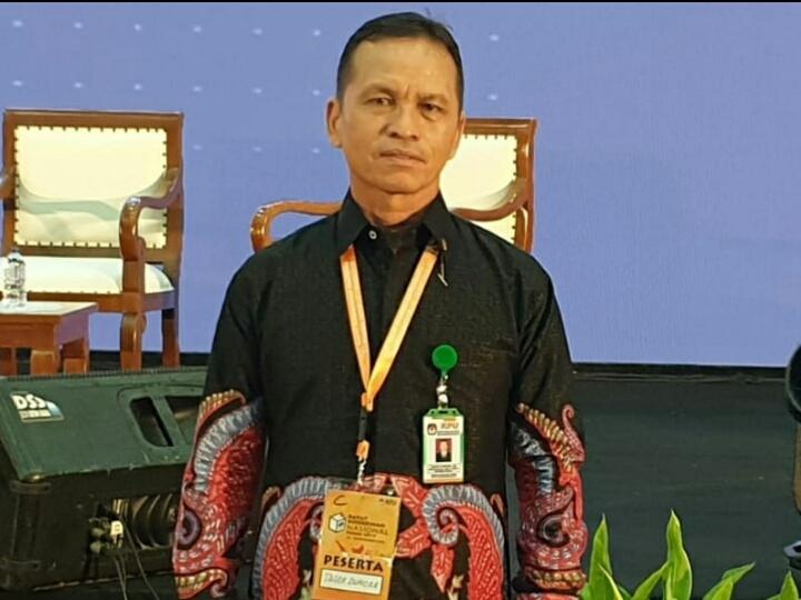 Ketua KPU kota Padangsidimpuan Tagor Dumora Lubis
