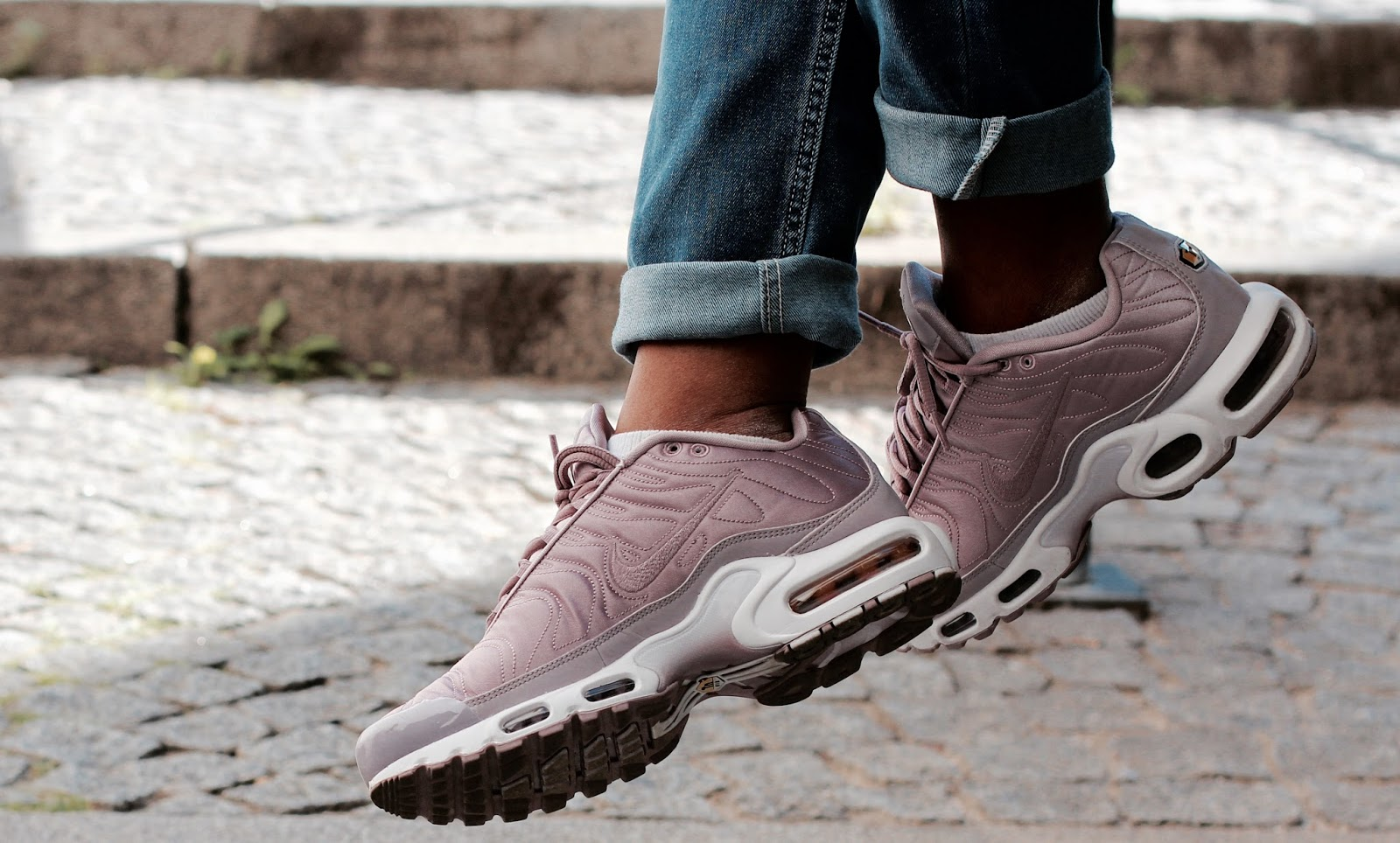 air max satin rose