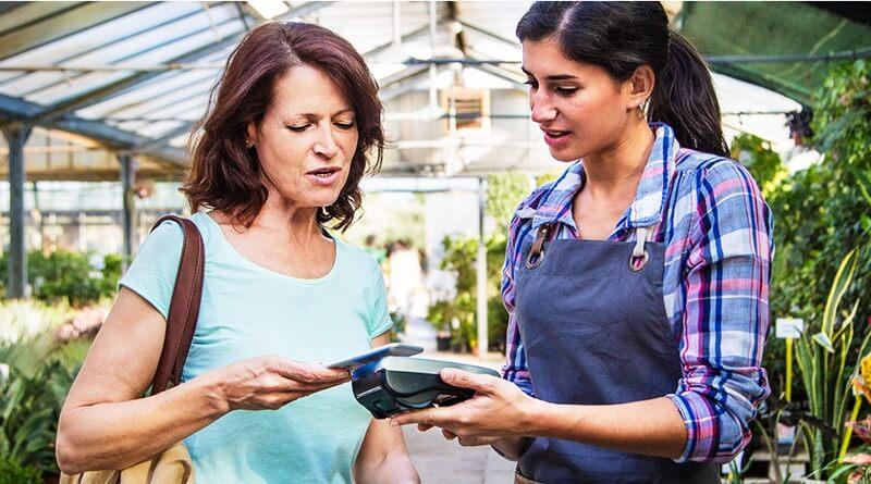 Płać Blikiem, Android Pay lub mobilną kartą kredytową