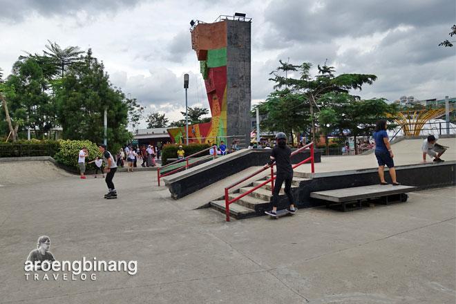 skate board panjat tebing scientia square park tangerang