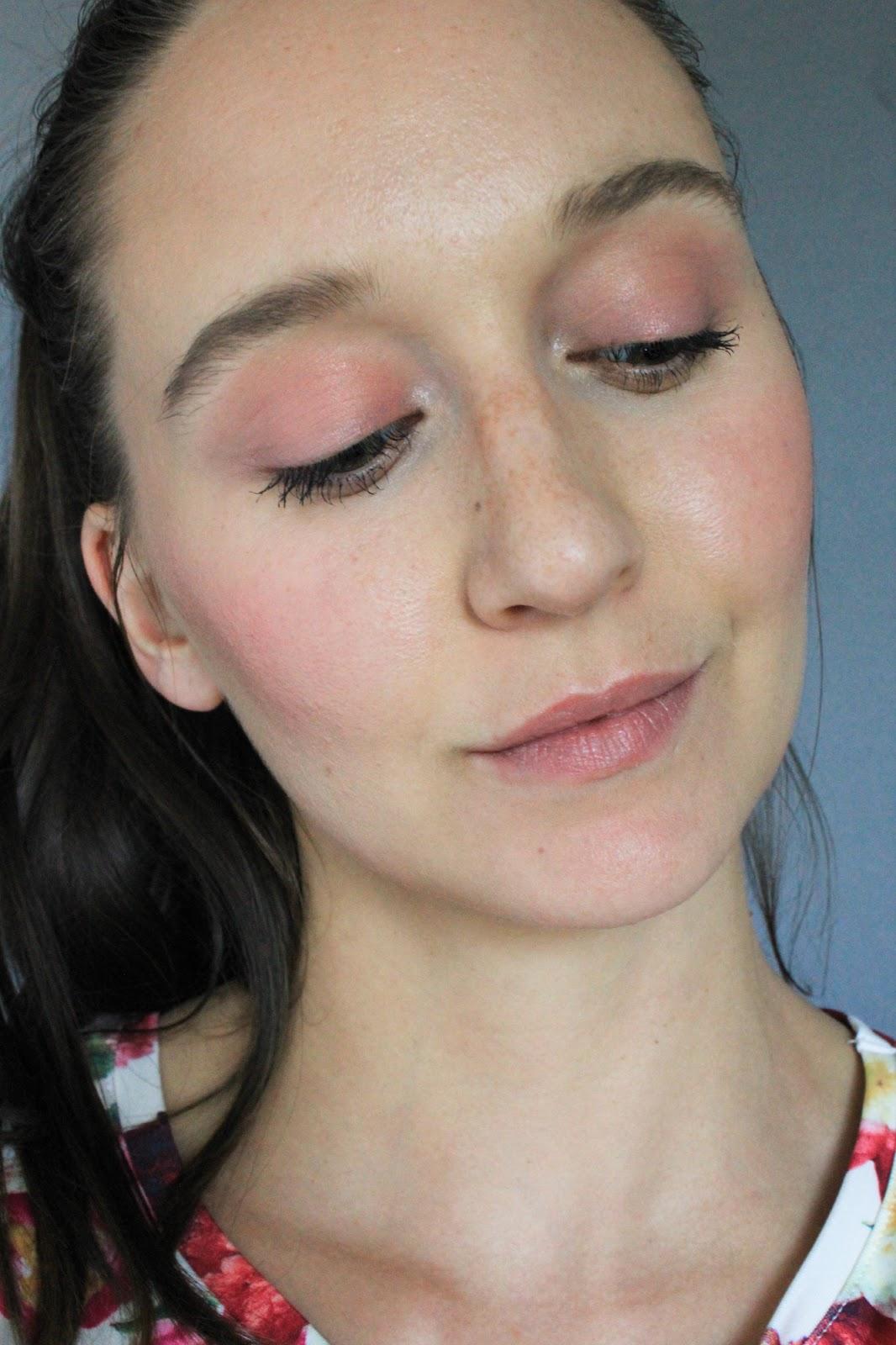 Ere Perez Carrot Colour Pot in Harmony. Makeup selfie. Love Lula