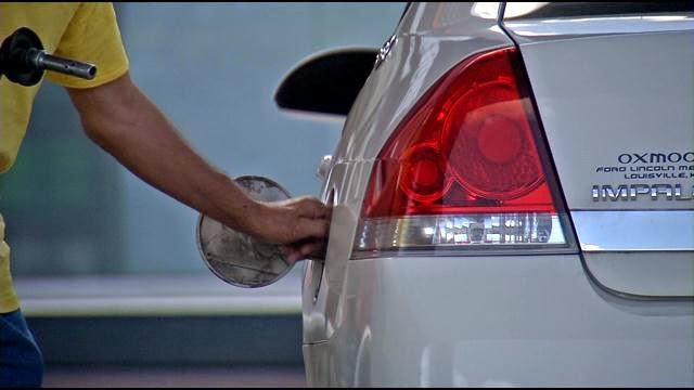 Symptômes de l'eau dans le réservoir d'une voiture