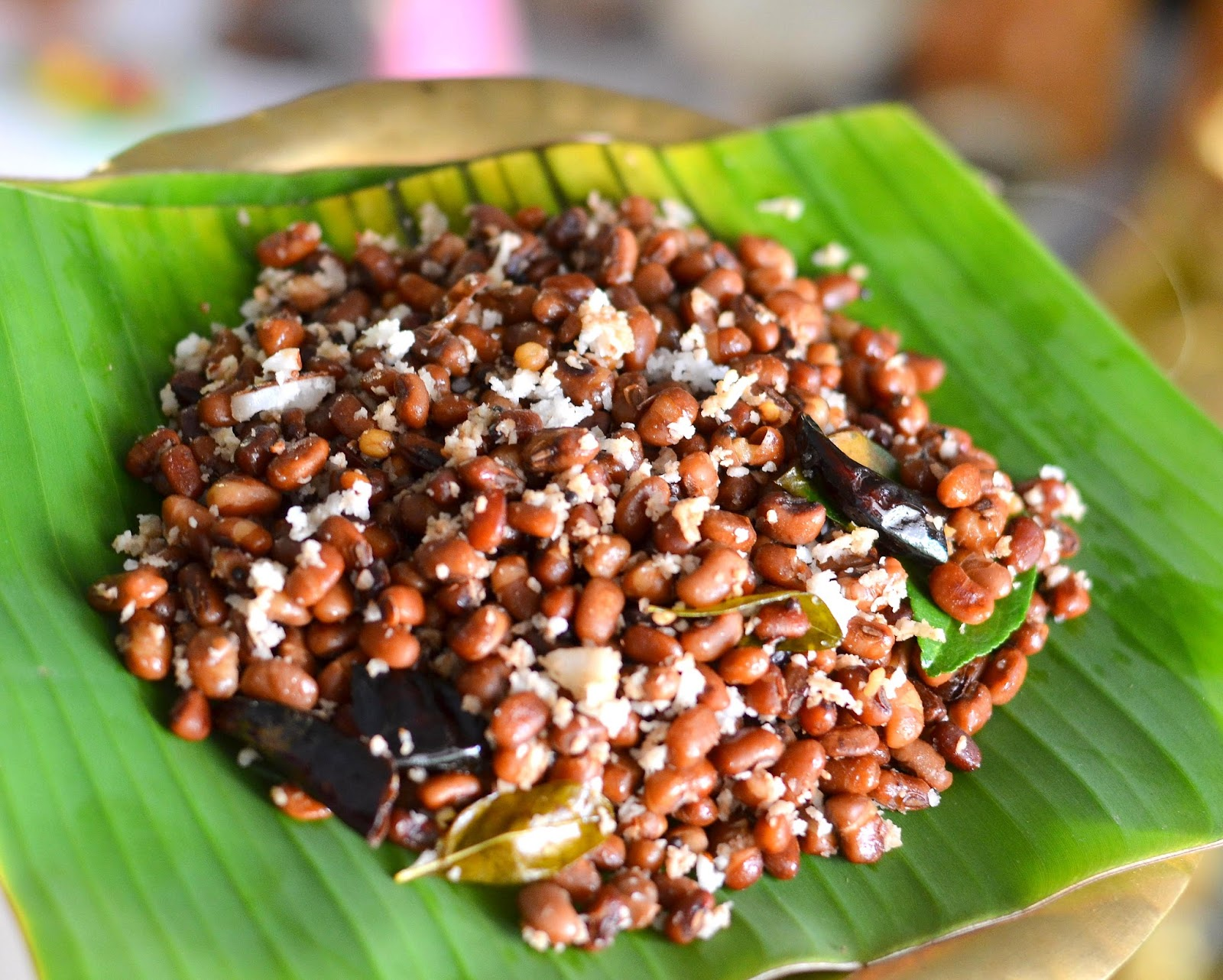 Delicious Black Eyed Beans (Karamani) Sundal for Navaratri