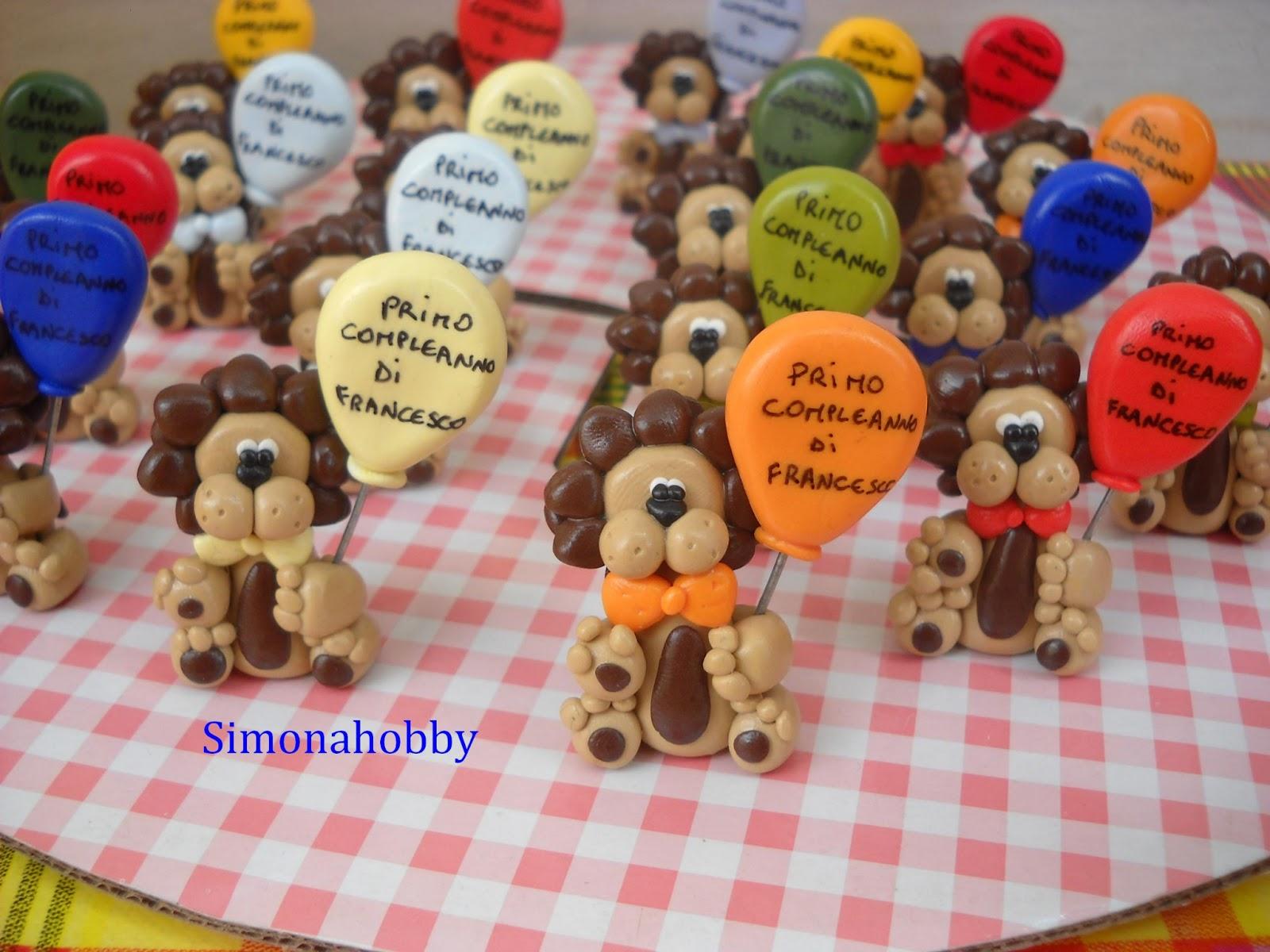 """Super Simonahobby """"fimo e non solo"""": bomboniere leoncini con palloncino QK09"""