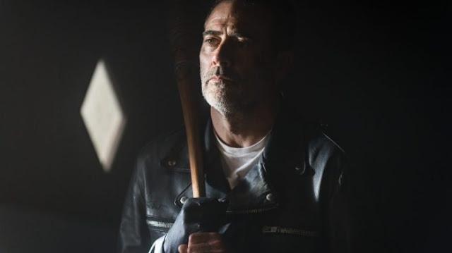 Negan (Jeffrey Dean Morgan) nell'episodio 5