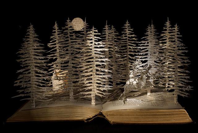 立体的で幻想的な本。本の世界が飛び出す!?10枚 雪の女王