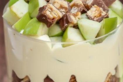 Apple Sniker Salad