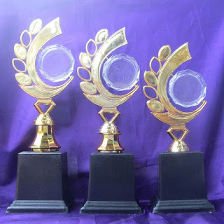 Piala Murah di Surabaya