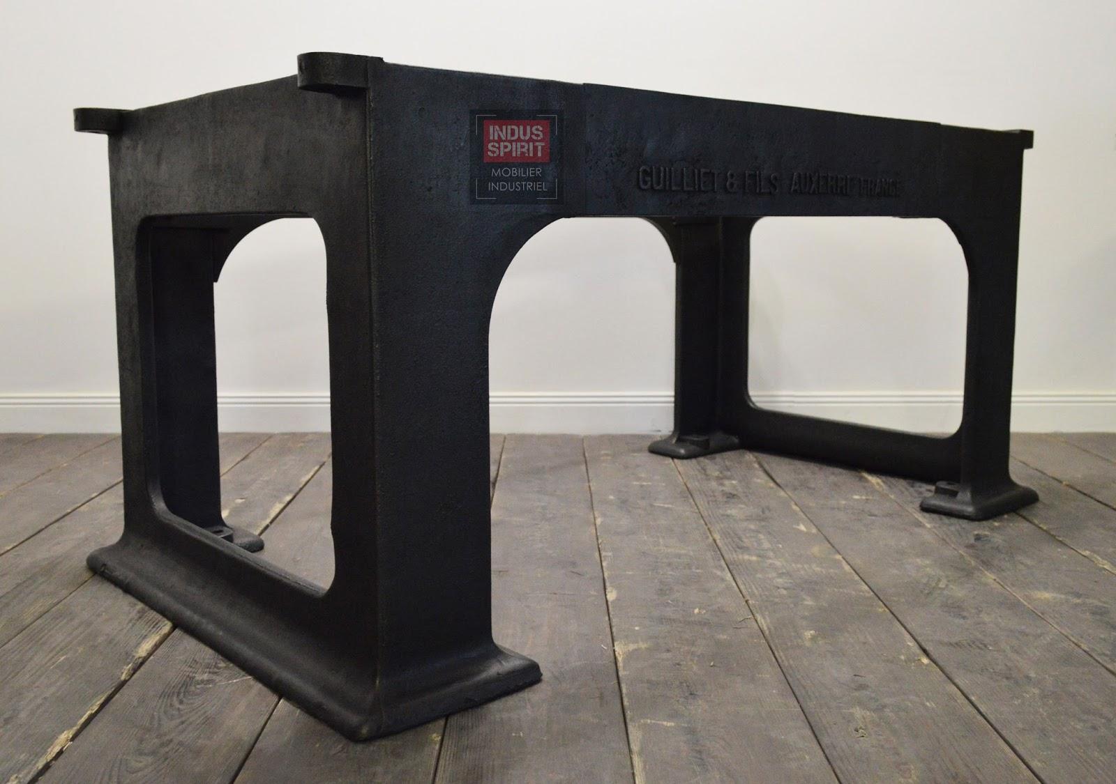R alisation de table industrielle sur mesure avec des for Table exterieur fonte