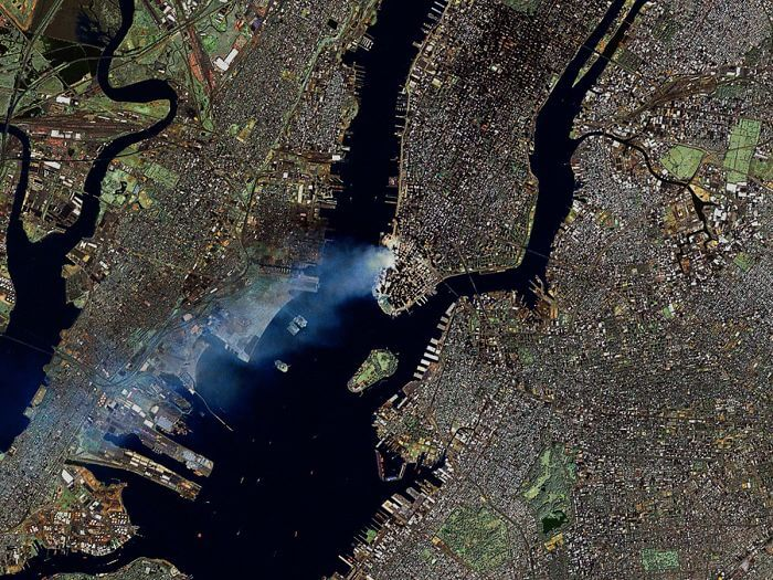 18 Rare Historical 9/11 Photos That You Most Possibly Haven't Seen Before - Smoke Plumes Are Clearly Visible In This Landsat 7 Satellite Image Of New York City Made Early On September 12