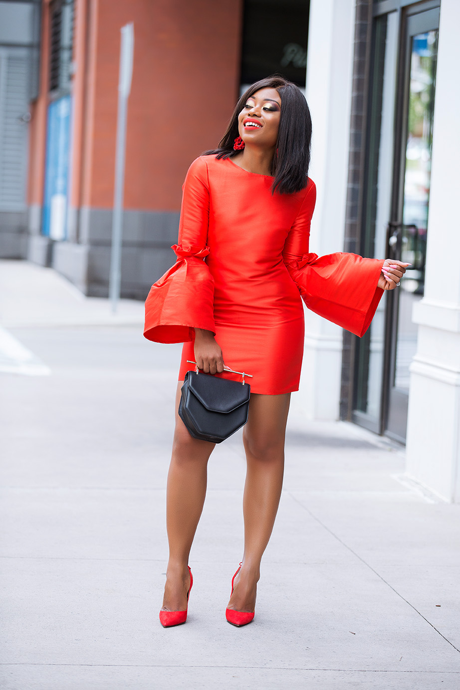 Asos structured extreme eleeve mini dress, www.jadore-fashion.com