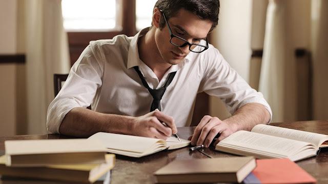 كيف تكتب مقالا احترافيا في أقل من 3 ساعات ؟